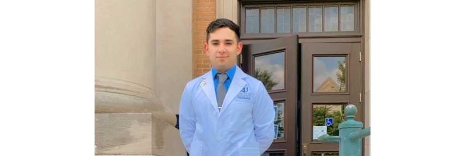 Chava Aguirre at his KU Med White Coat Ceremony