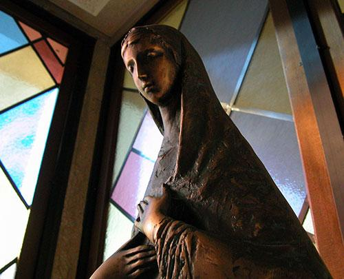 Mabee Chapel Mary Close