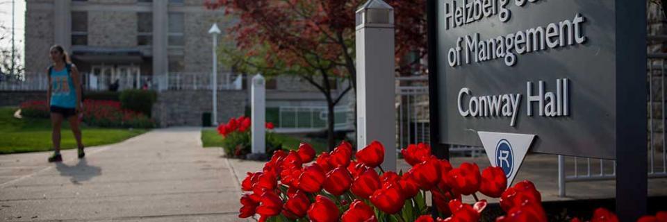 Helzberg School of Management exterior